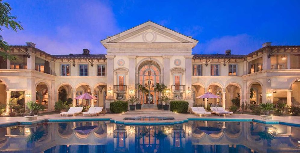 Beverly Hills Mansion Formerly Owned by Vanna White Sells for $19.3M (PHOTOS)
