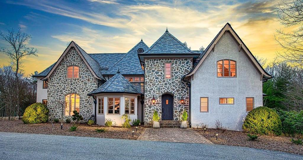 Remodelled Biltmore Forest Dream Home lists for $3.25M (PHOTOS)