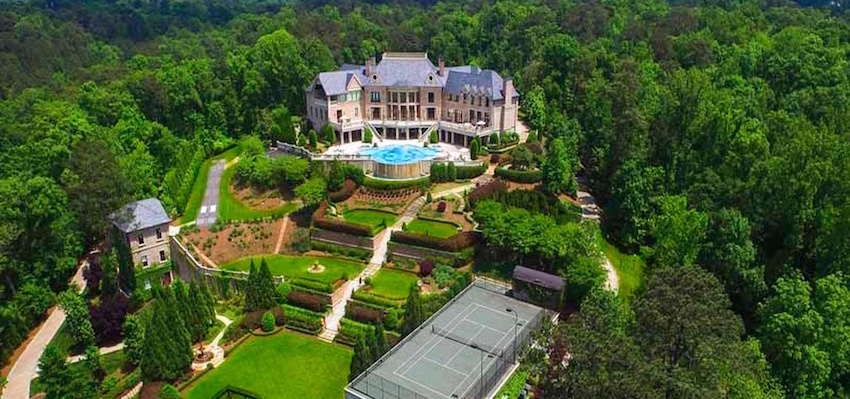 Steve Harvey Pays $15M for Tyler Perry's Former 35,000 Sq. Ft. Atlanta Mansion (PHOTOS)