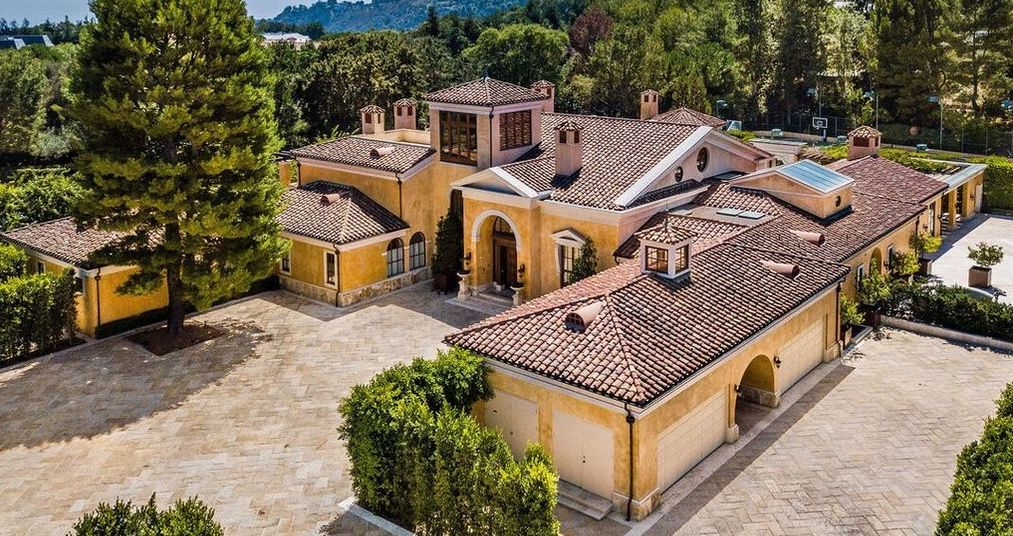 2.2 Acre Tuscan-Style Compound lists in Beverly Park for $27M (PHOTOS)