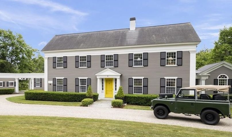 Classic c.1750 New England Home Pending Sale in Duxbury, MA (PHOTOS)