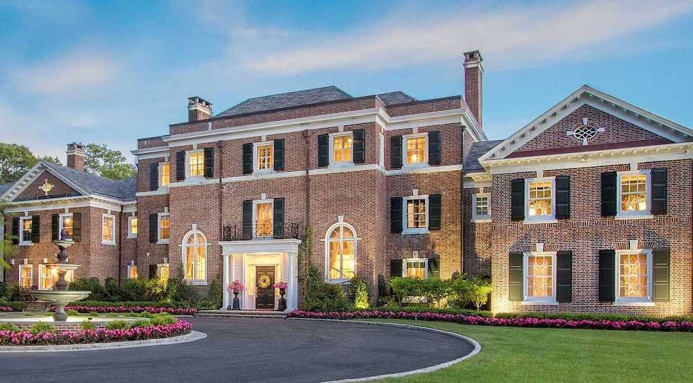 Historic 22,000 Sq. Ft. Georgian Colonial Relists in Cold Spring Harbor, New York - Pricey Pads